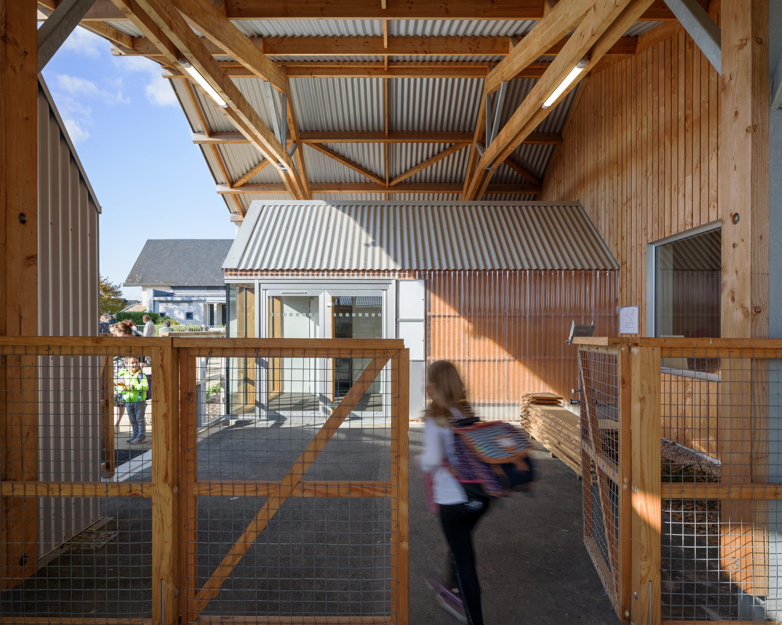 2010 Ecole Faro Architectes Baulon F.dantart Non Libre De Droits Recreation 13